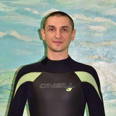специалист дельфинотерапии Отченашко Евгений Владимирович, фото therapynemo.com